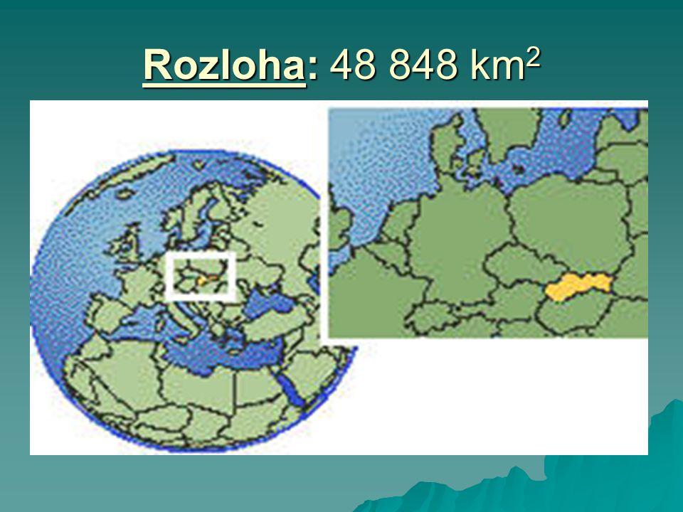POVRCH  patří ke Karpatské horské soustavě  pohoří:- Vysoké Tatry (Gerlachovský štít 2665m) - Nízké Tatry (Ďumbier 2043m) - Nízké Tatry (Ďumbier 2043m) - Slovenské rudohoří - Slovenské rudohoří - Malá Fatra (Velký Kriváň 1709m) - Malá Fatra (Velký Kriváň 1709m) - Velká Fatra (Ostredok 1 592m) - Velká Fatra (Ostredok 1 592m) - Javorníky - Javorníky - Slovenské Rudohoří (Stolica 1476m) - Slovenské Rudohoří (Stolica 1476m) - Polana 1 458m - Polana 1 458m - Vihorlat - Vihorlat  nížiny: - Podunajská - Východoslovenská - Východoslovenská  část zabírají krasové oblasti - př.