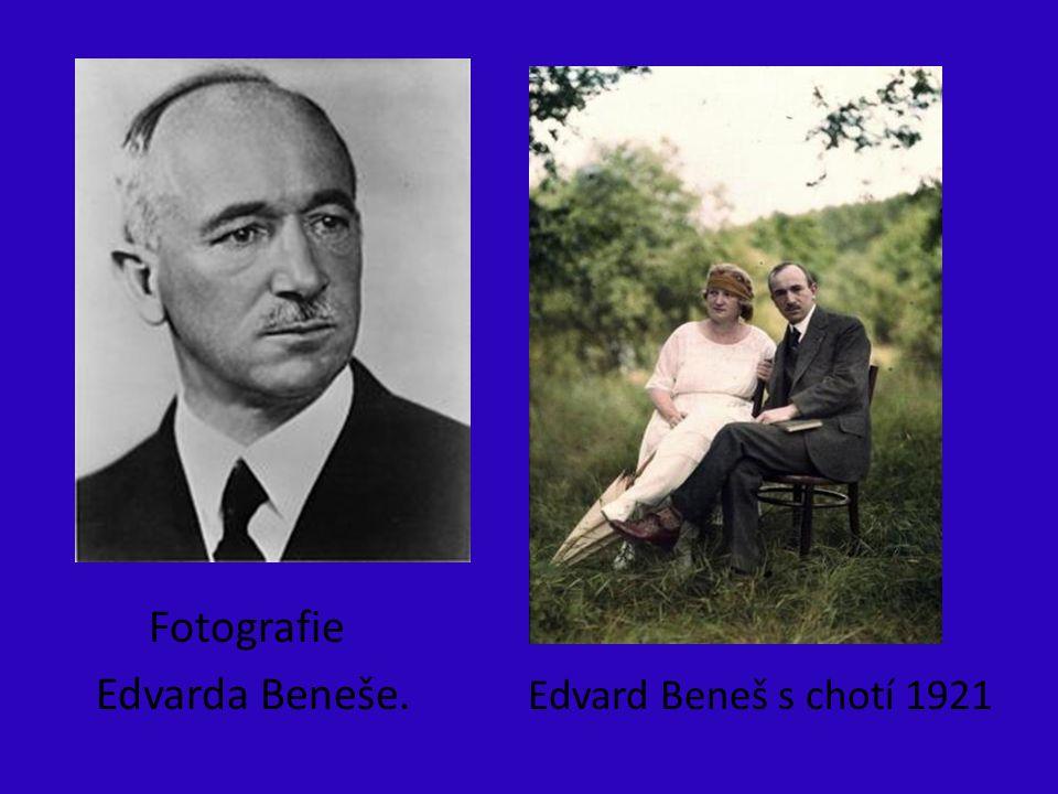 Fotografie Edvarda Beneše. Edvard Beneš s chotí 1921