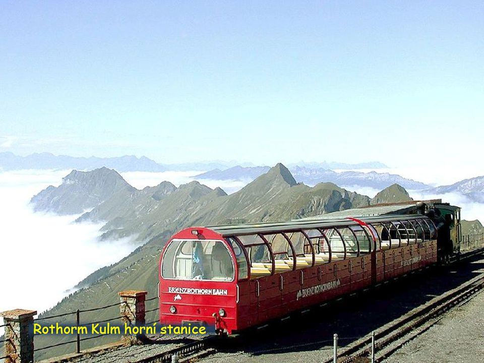 Exponát parní lokomotivy