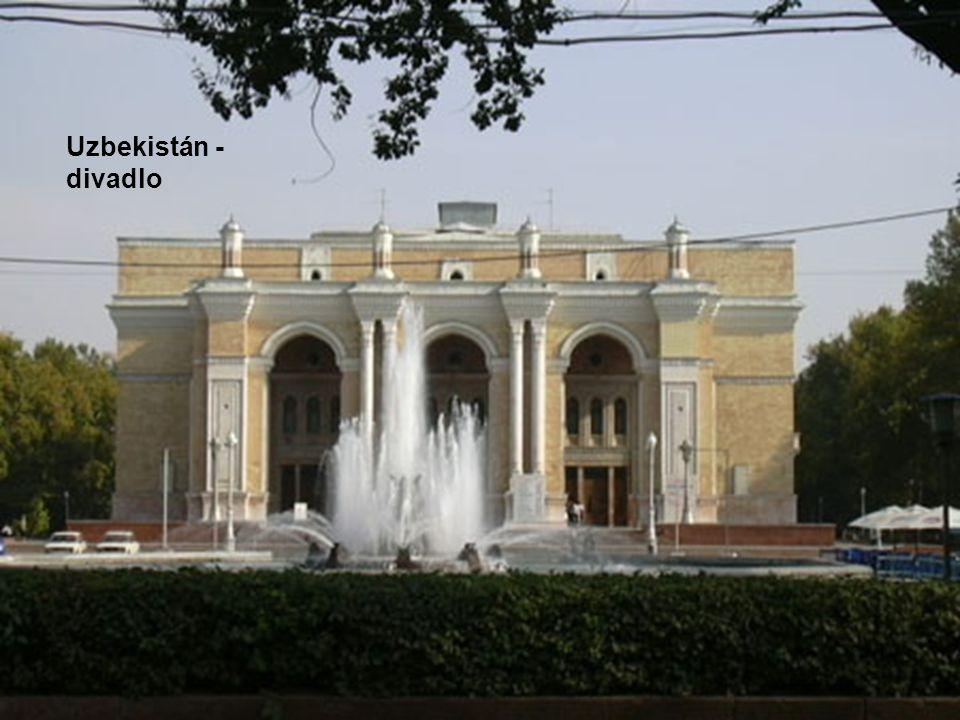 Uzbekistán - divadlo