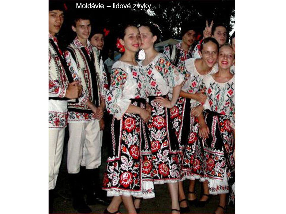 Moldávie – lidové zvyky