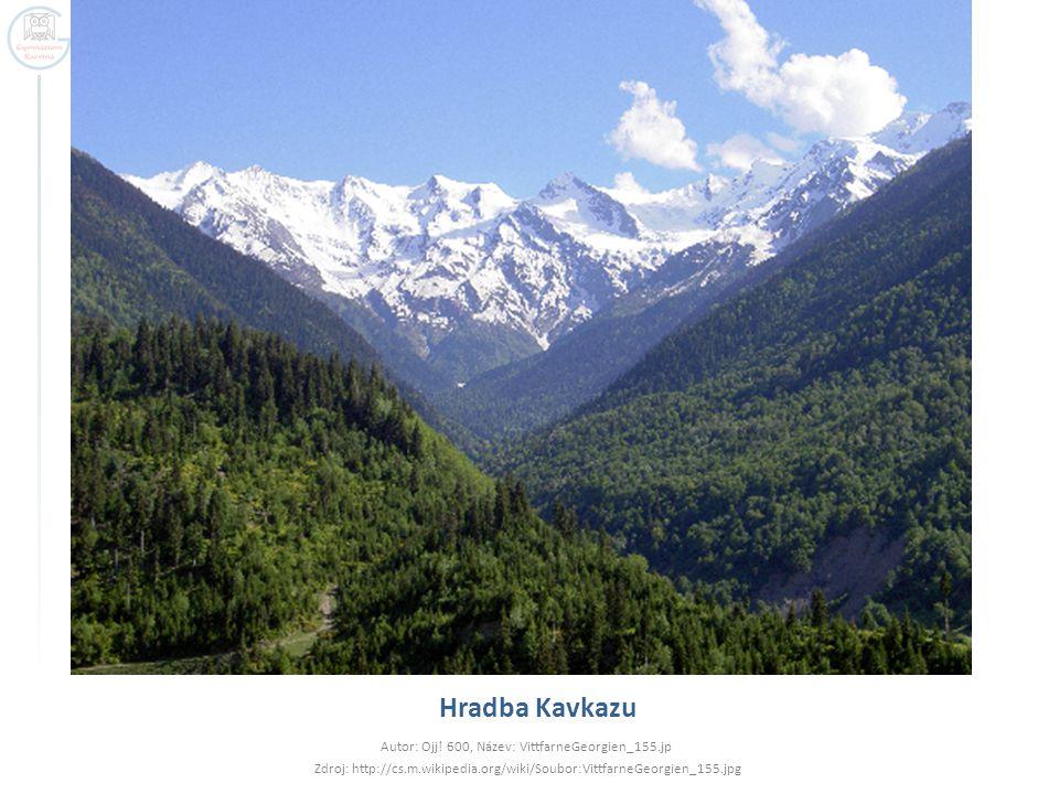 Sporná území v Zakavkazsku  Náhorní Karabach  4400 km², 145 000 obyvatel  Území v Ázerbajdžánu, které je obýváno převážně křesťanskými Armény  Jižní Osetie  3 900 km², 70 000 obyvatel  Na jihu Kavkazu na území Gruzie – snahy Ruska spojit toto území se Severní Osetií (je na jeho území)  Po roce 2008 okupováno Ruskem  Abcházie  8 665 km², 240 000 obyvatel  Pokusy o nezávislost již v 80.