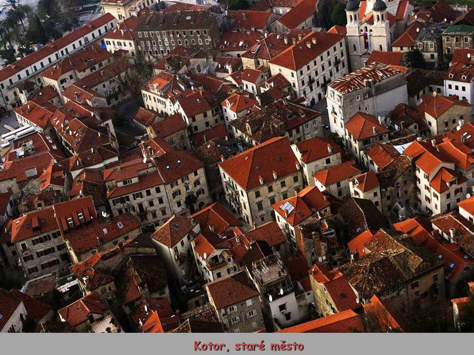 Záliv a staré město Kotor (UNESCO)