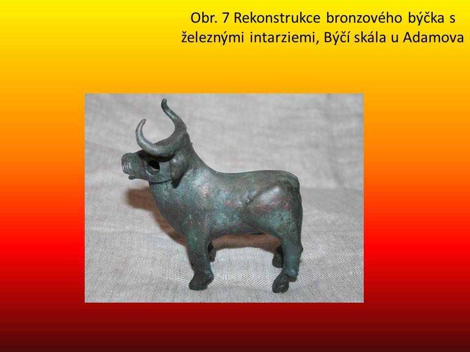 Obr. 7 Rekonstrukce bronzového býčka s železnými intarziemi, Býčí skála u Adamova