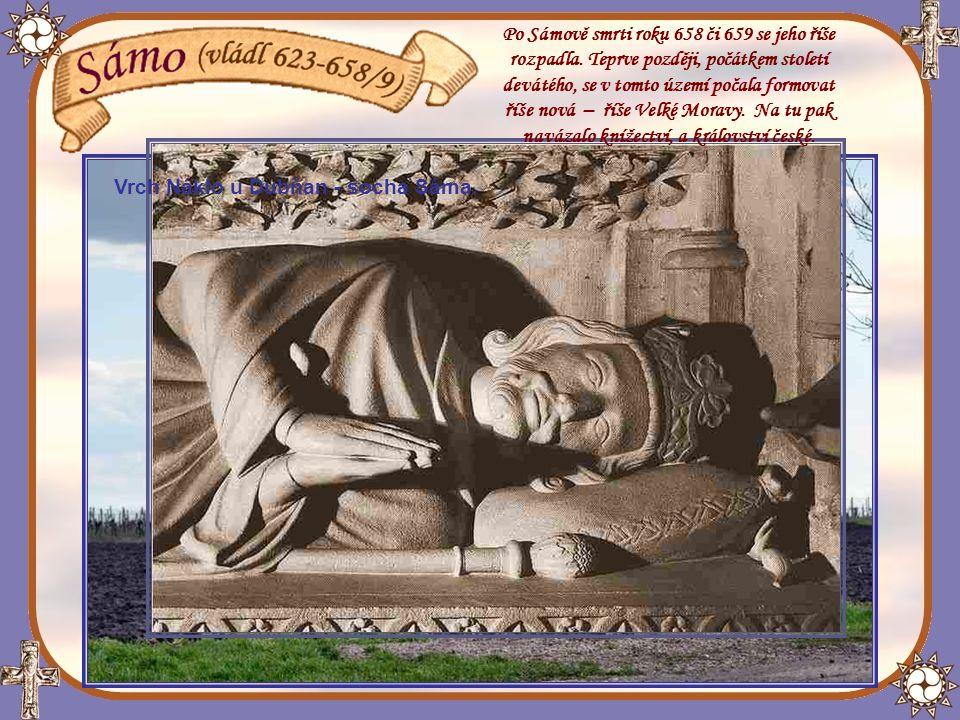 Detail Dagobertovy hrobky v chrámu kláštera v Saint-Denis ve Francii.