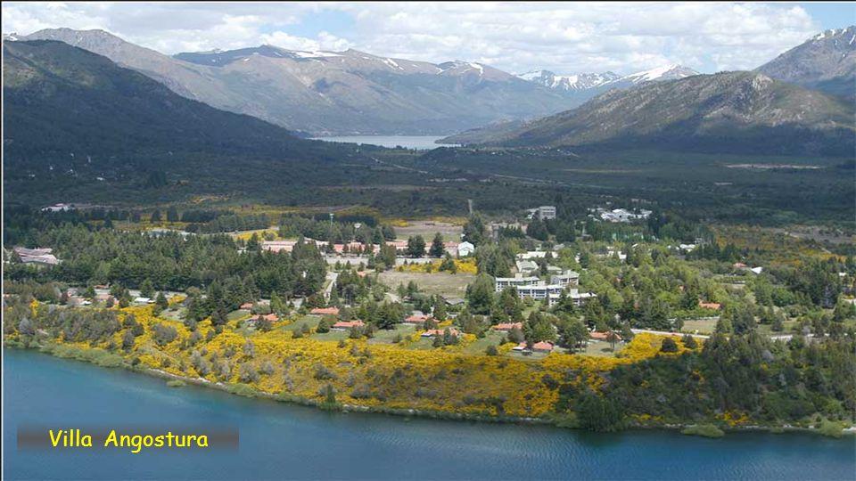 Villa Angostura z hory Cerro Bayo