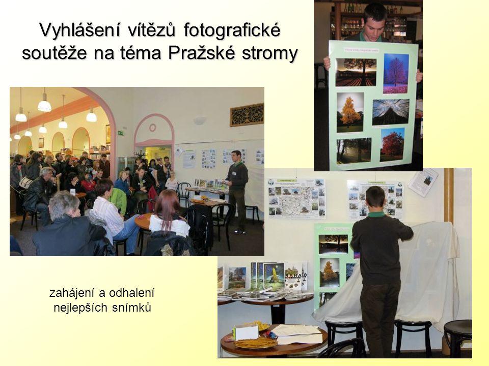 Vyhlášení vítězů fotografické soutěže na téma Pražské stromy zahájení a odhalení nejlepších snímků