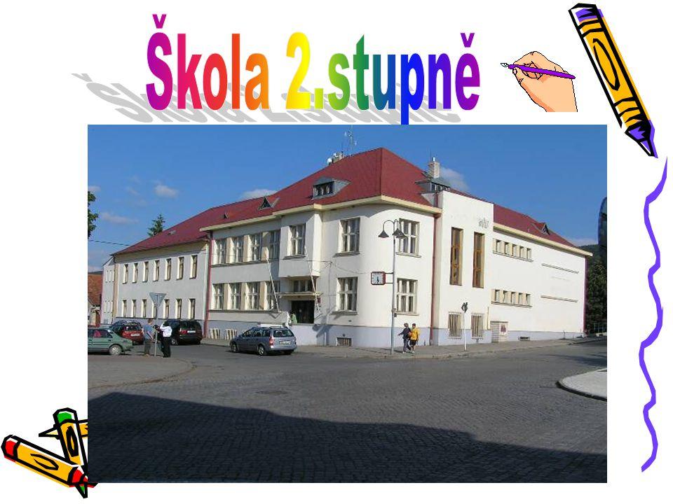 Tradiční běh pořádaný Základní školou Dobřichovice Tradiční běh pořádaný Základní školou Dobřichovice Běhá se každý rok.Roku 2006 byl 10.ročník.