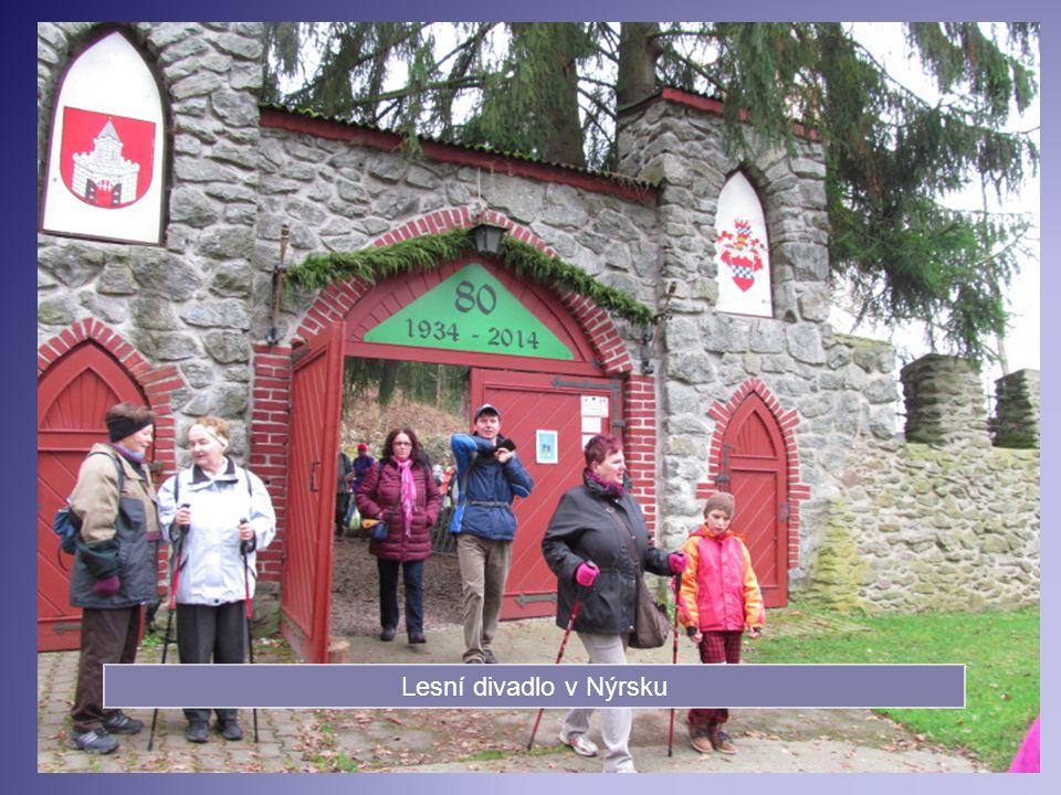 22.11. Autobusový výlet na Podzimní setkání turistů- rozhledna Markéta, Dlažov