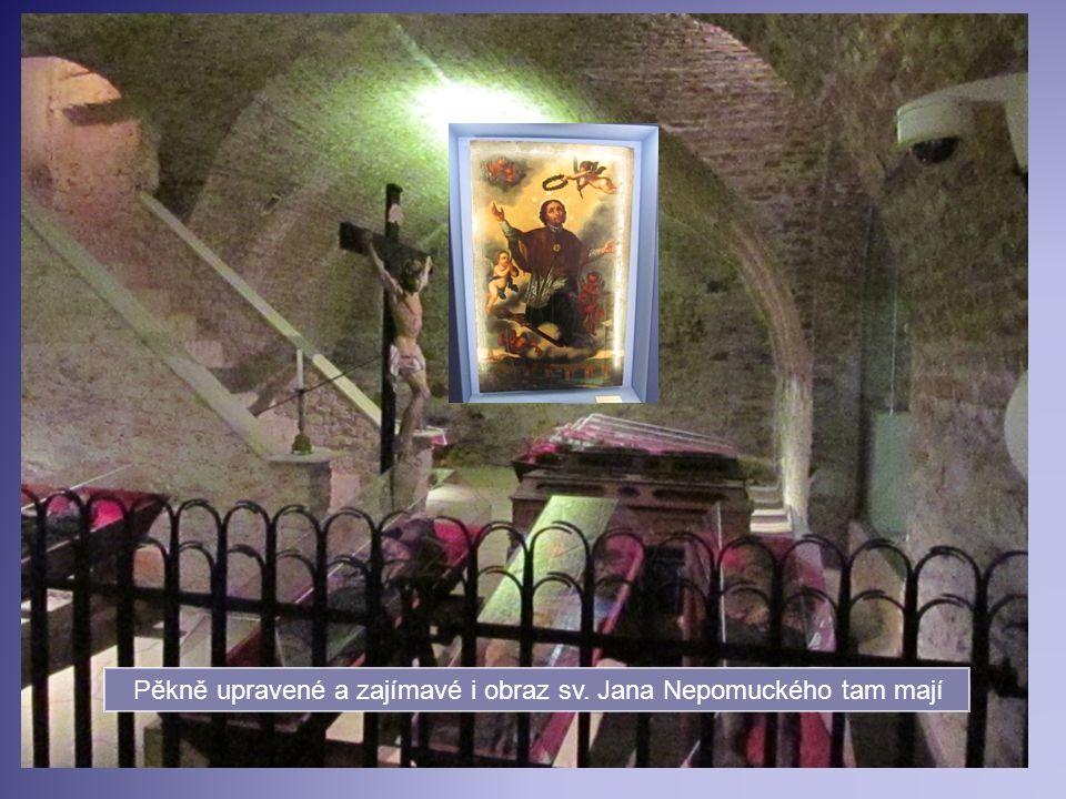 V podvečer jsme stihli ještě prohlídku katakomb v Klatovech