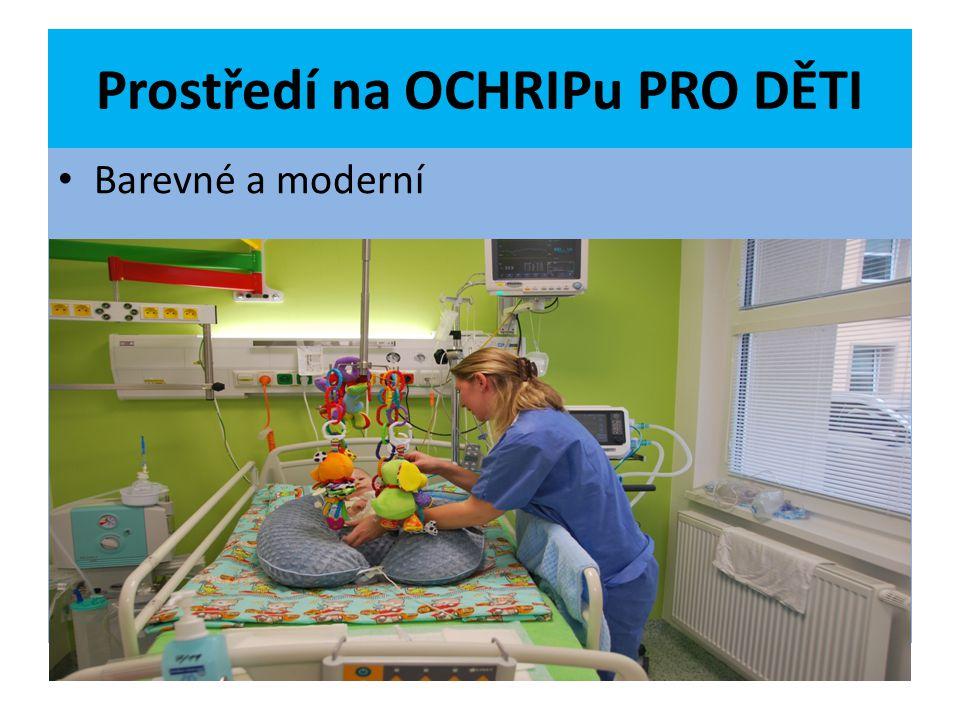 Pacient na lůžku 5 OCHRIPu PRO DĚTI 3 letý chlapec stav po dušení z důvodu aspirace potravy, neprováděna laická KPR, následně protrahovaná profesionální KPR TS, UPV PEG CŽK