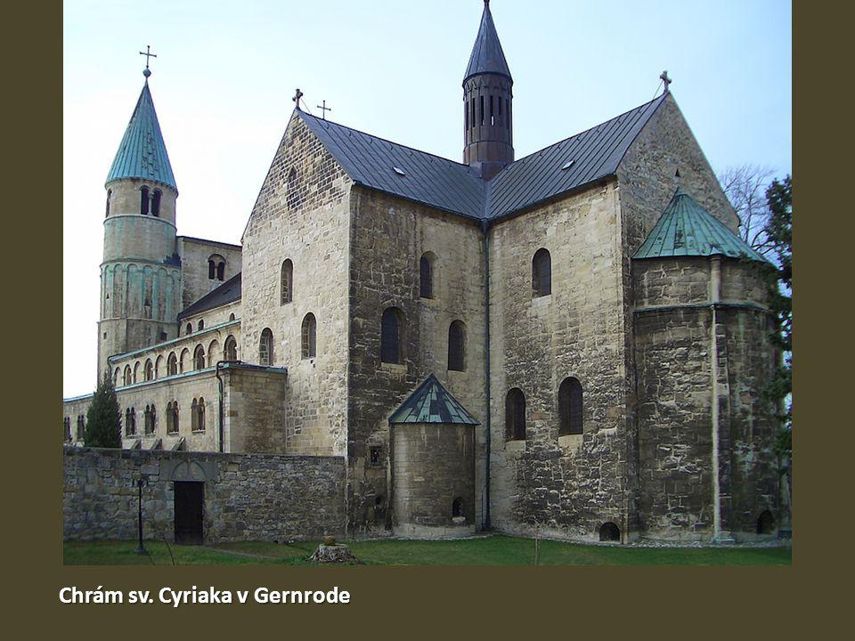 Půdorys chrámu sv. Cyriaka v Gernrode Interiér chrámu sv. Cyriaka v Gernrode