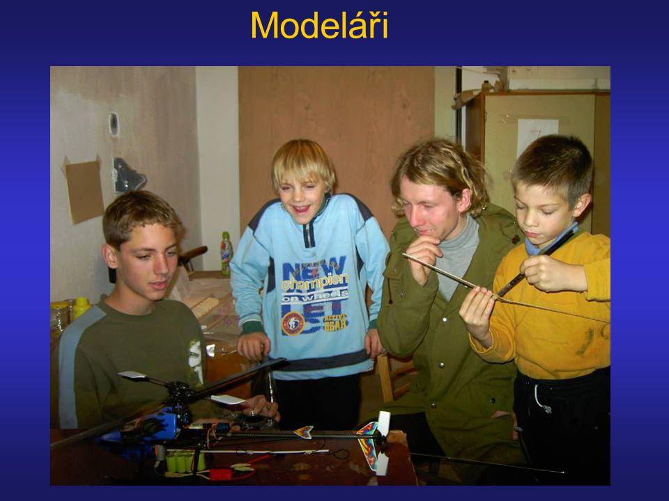 Modeláři