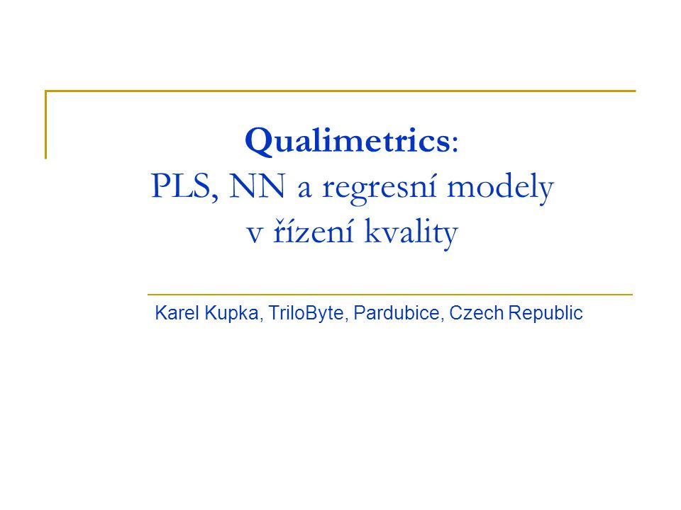 X = TP + E Y = UQ + F Metody PLS jsou založené na syntéze principu příbuzném metodě hlavních komponent (PCA) a vícenásobné lineární regrese.