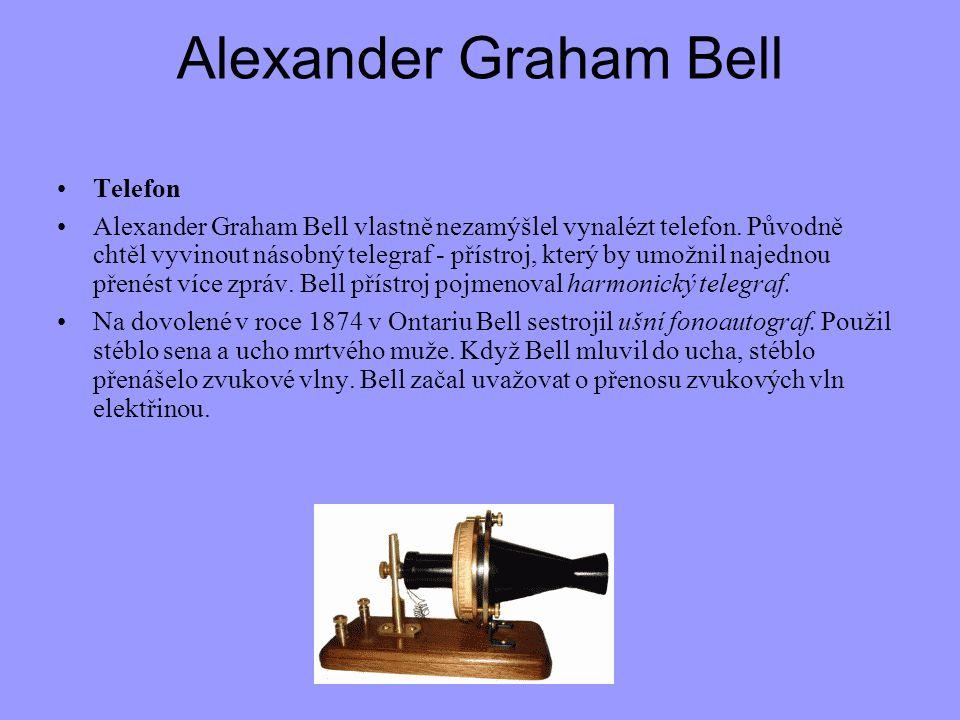 Alexander Graham Bell Telefon Alexander Graham Bell vlastně nezamýšlel vynalézt telefon. Původně chtěl vyvinout násobný telegraf - přístroj, který by