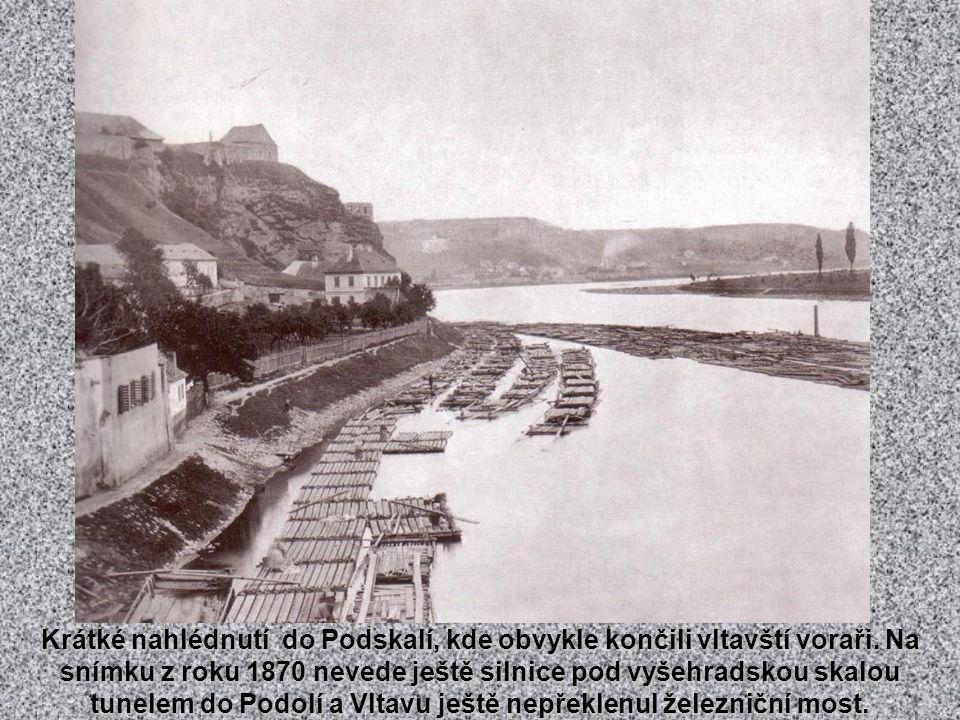 Fotografie staré Prahy. manuální posun