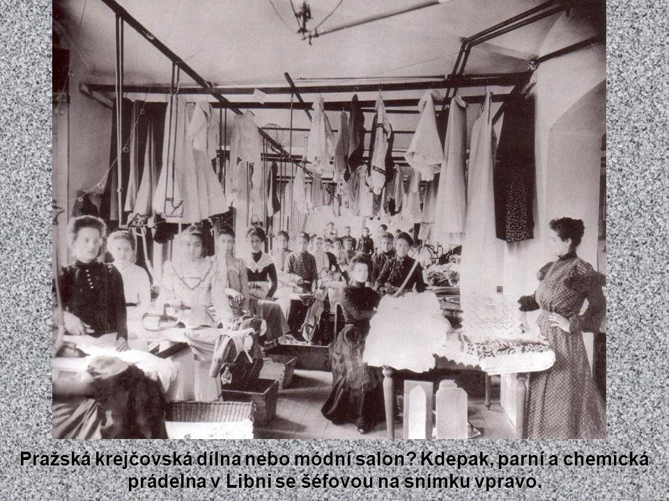 Od května 1908 zavedena nová autobusová linka z Křižovnického náměstí přes Karlův most Nerudovou ulicí na Hradčany. V provozu byla jen krátce; před pr