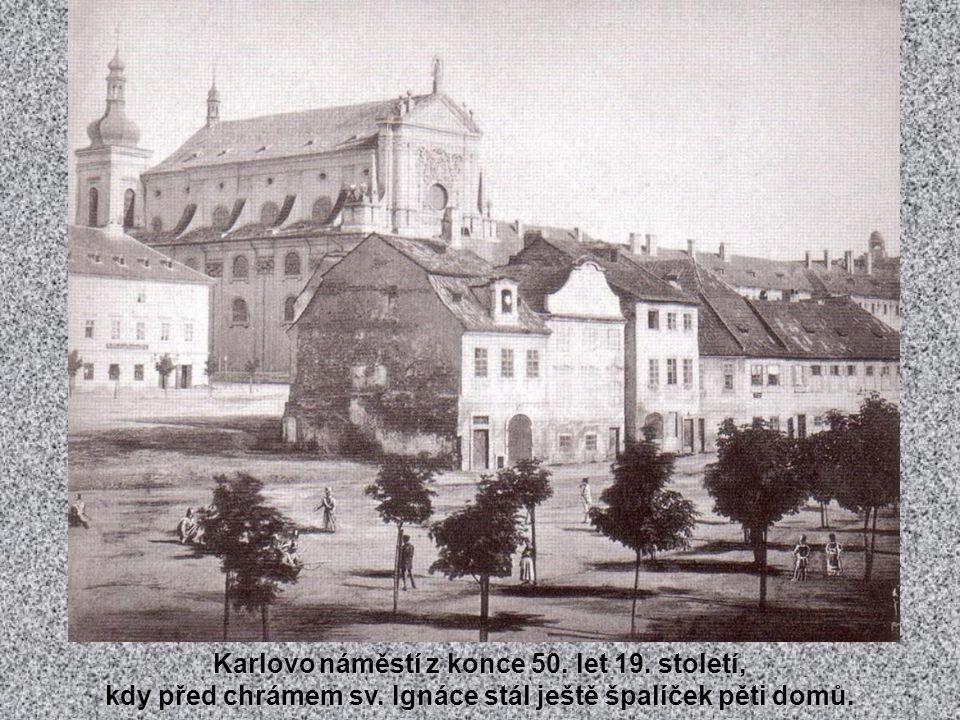 Vltava snad každý rok zamrzala a tak se v neděli stávala mezi železničním a Palackého mostem jedním velkým kluzištěm. Snímek asi z roku 1905.