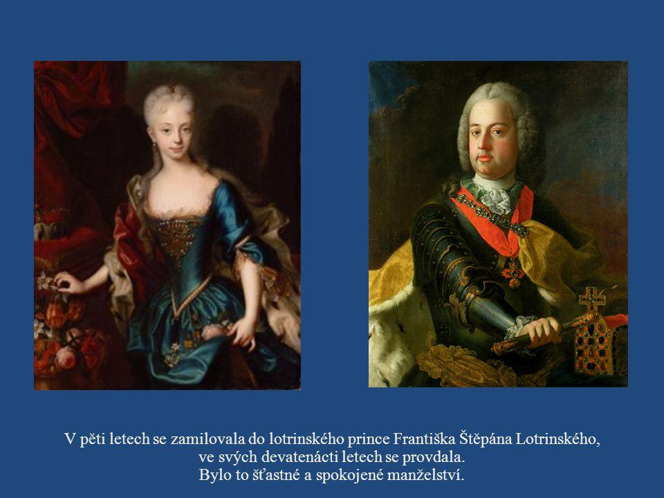 Narodila se císaři Karlu VI. a jeho ženě Alžbětě Kristině v Hofburgu.