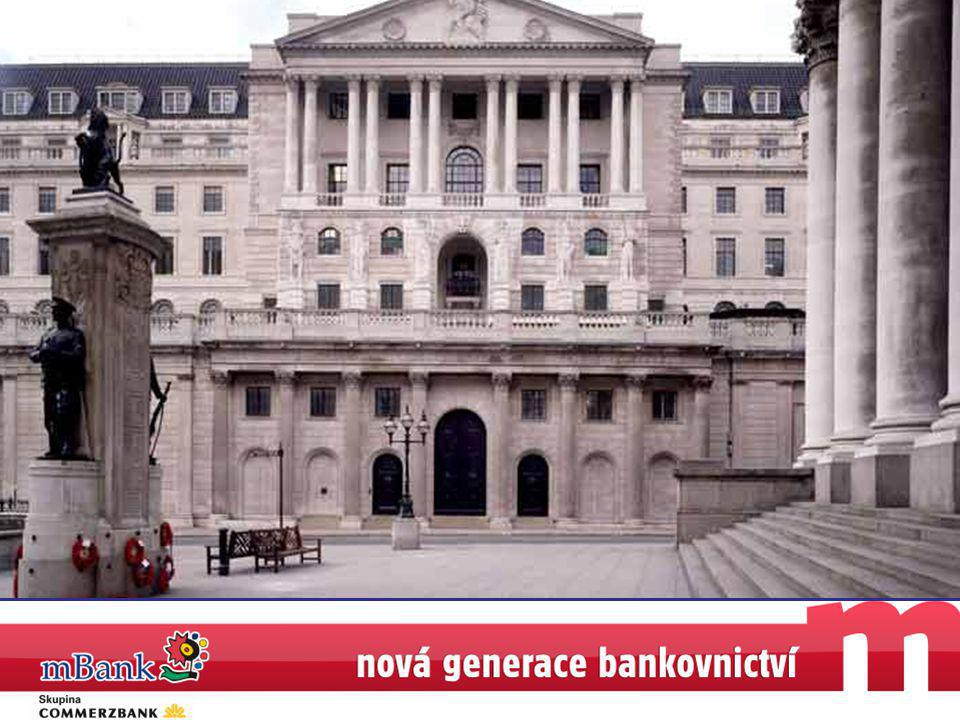 44 Počet klientů (v tisících) >160 >160 Portfolio půjček (v miliardách EURO) >840 >840 Vklady (v miliardách EURO) >219 Do roku 2010 mBank jako obchodní výzva