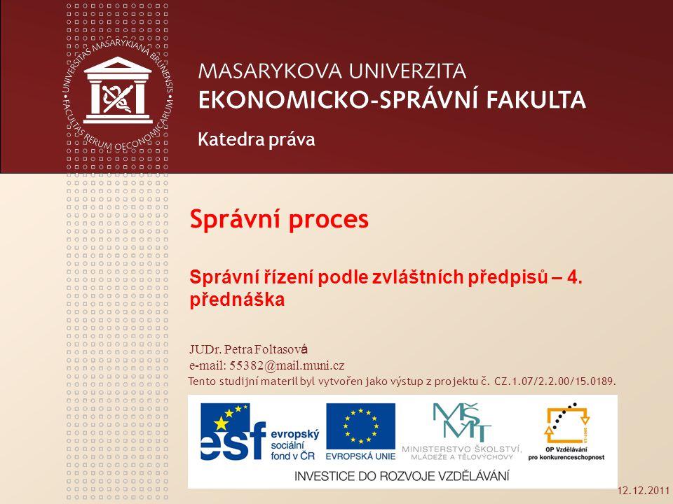 www.econ.muni.cz 12 Přestupkové řízení – rozhodnutí Rozhodnutí o přestupku Musí být vydáno v jednoroční lhůtě,která se počítá od okamžiku spáchání přestupku.Tato lhůta má prekluzívní charakter; jejím uplynutím zaniká odpovědnost za přestupek.