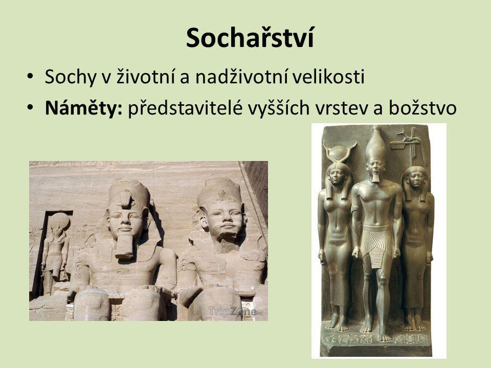 Sochy často polychromované = barvené Nejstarší portrét v dějinách – busta Nefertiti