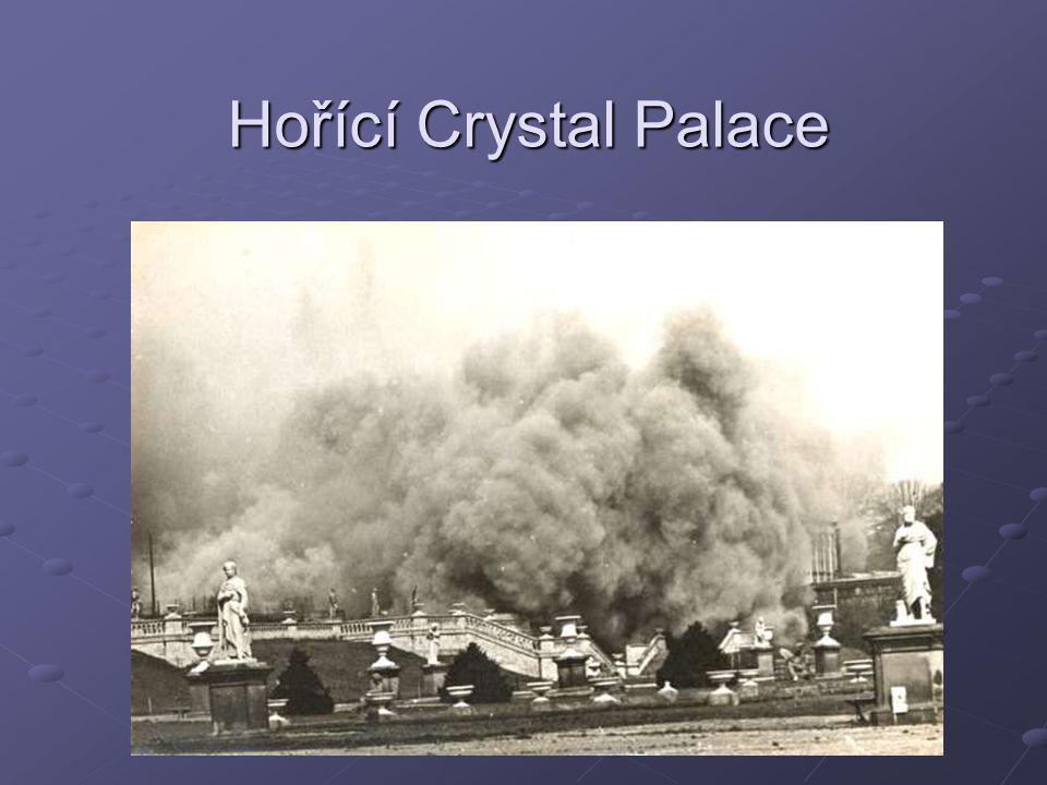 Hořící Crystal Palace