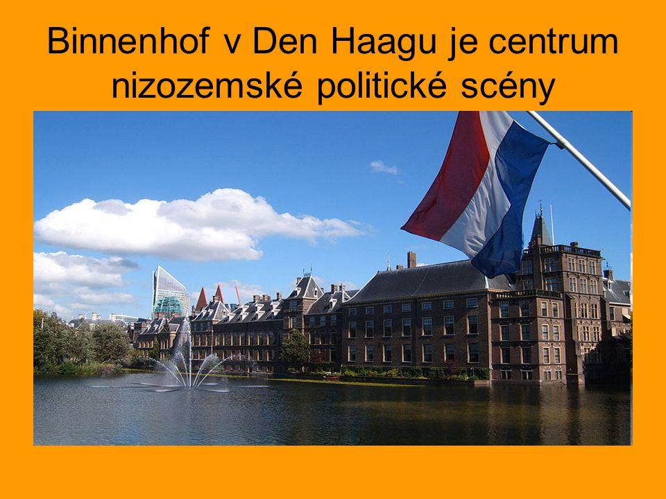 Binnenhof v Den Haagu je centrum nizozemské politické scény