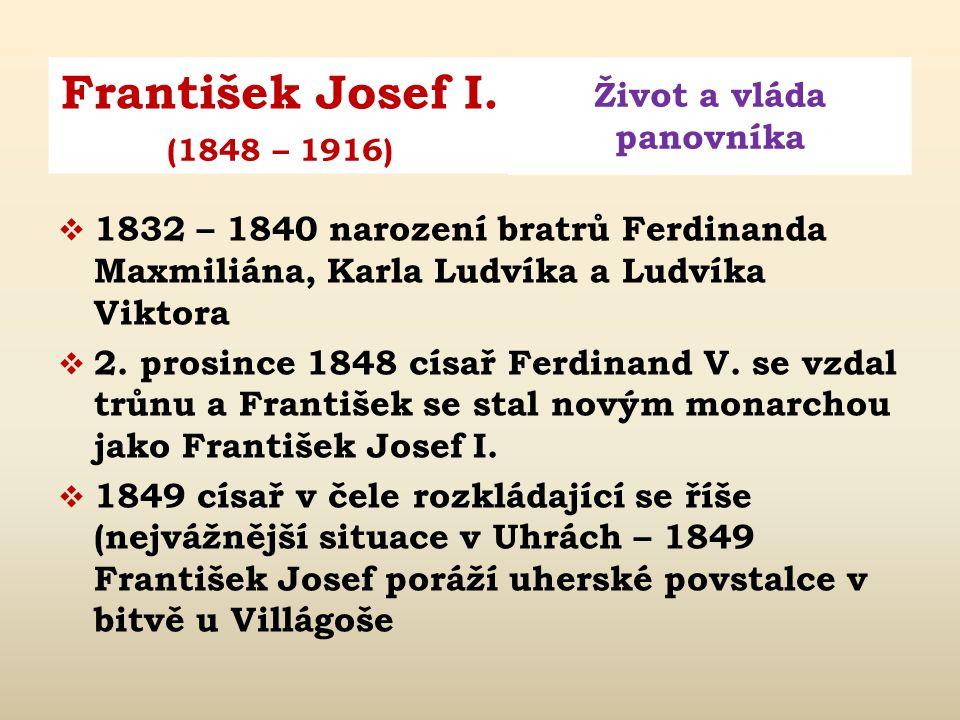 Obr. 2: František Josef se svou matkou Žofií