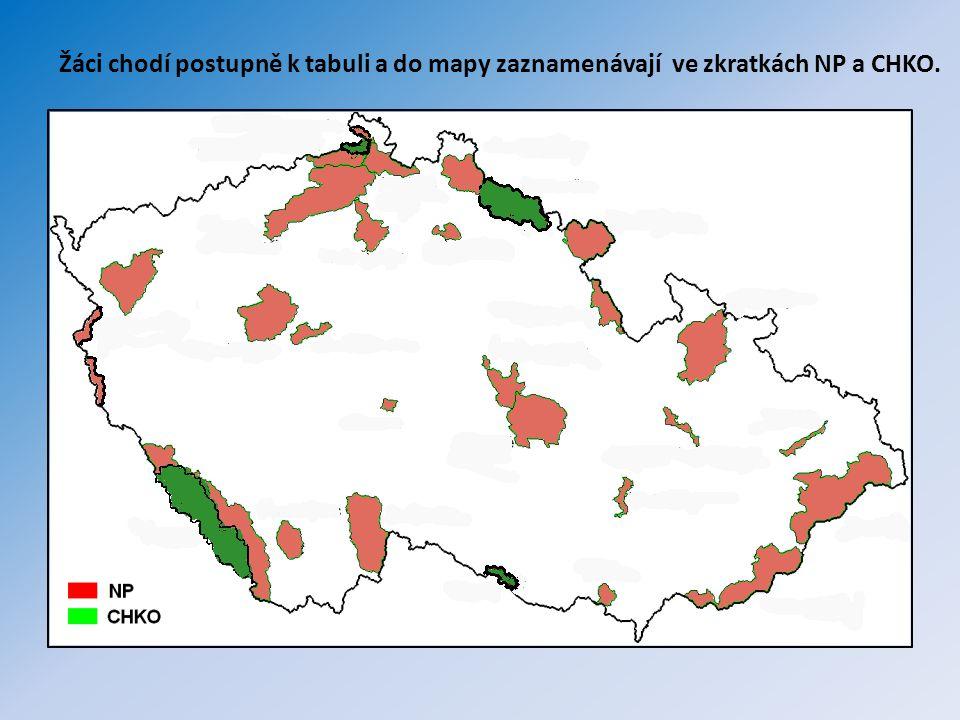 Natura 2000 se snaží zabezpečit ochranu těch druhů živočichů, rostlin a typů přírodních stanovišť, které jsou z evropského pohledu nejcennější, nejvíce ohrožené, vzácné či omezené svým výskytem jen na určitou oblast (endemické).