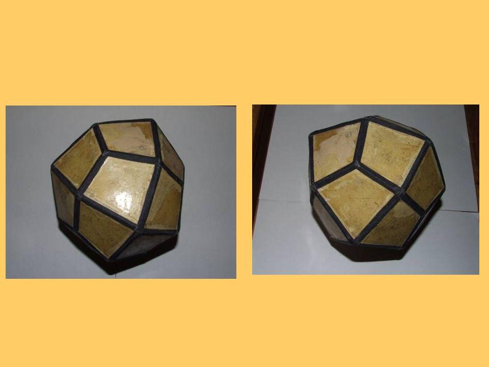 Salmiak - NH4Cl Barva: bezbarvý, bílá, žlutá,načervenalá Vryp: bílý Tvrdost: 1 - 2 Hustota: 1,5 g/cm³ Lesk : skelný Krystalografická soustava: krychlová Pštiúhelníkový 24-stěn (pentagon-trioktaedr)