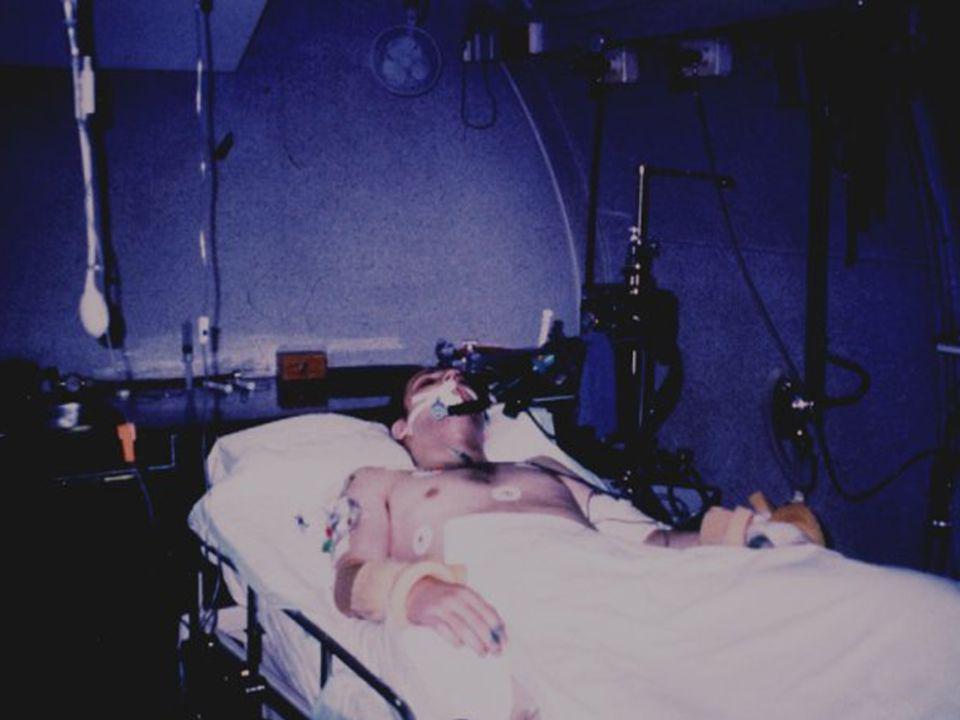 - vícemístná komora, největší ve Střední a Východní Evropě - současně možno léčit až 8 pacientů - plášť komory původní, vše ostatní včetně automatizace provozu rekonstruováno v letech 1992-1994