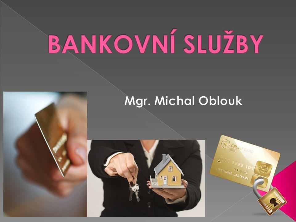  bankovní účty - osobní účty, účty pro mladé, spořicí účty, podnikatelské účty, přímé bankovnictví  platební karty - debetní karty, kreditní karty, charge karty  půjčky - spotřebitelské úvěry, půjčky před výplatou, hypotéky, stavební spoření  spoření - spořicí účty, stavební spoření, termínované vklady, vkladní knížky  pojištění - cestovní pojištění, havarijní pojištění, penzijní připojištění, pojištění domácnosti, povinné ručení, úrazové pojištění, životní pojištění