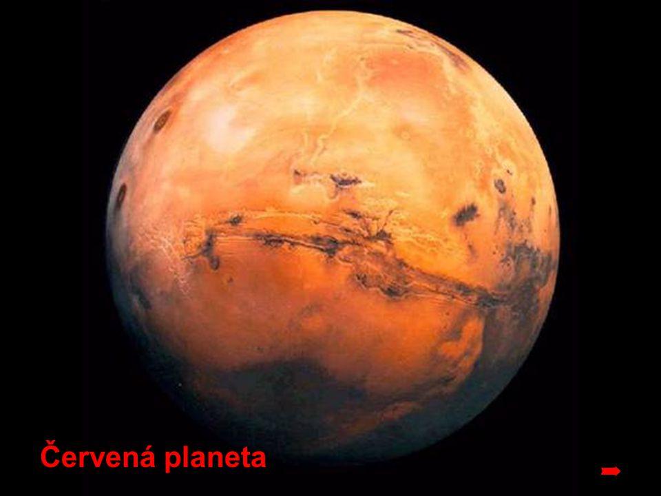 Mars Nebo také červená planeta, c hystá pro nás úchvatnou podívanou .