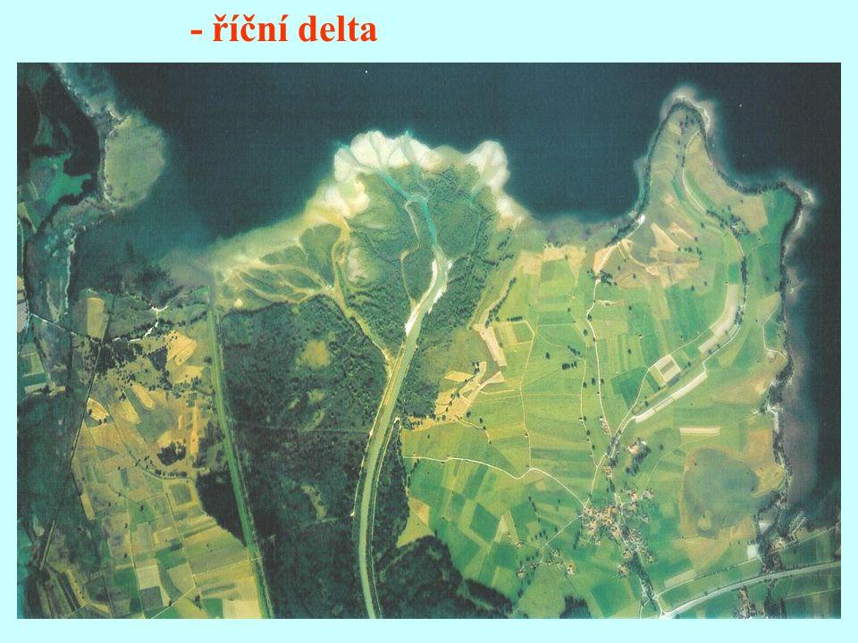 - říční delta