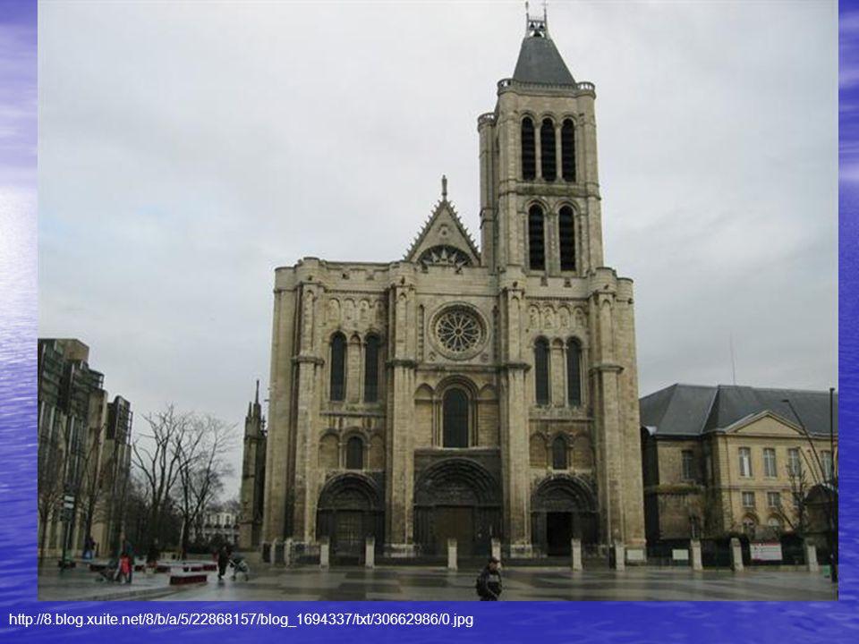 1080 - 1151 Pocházel z nízké šlechty Základní vzdělání získal v Saint Denis 1122 se stal opatem St.