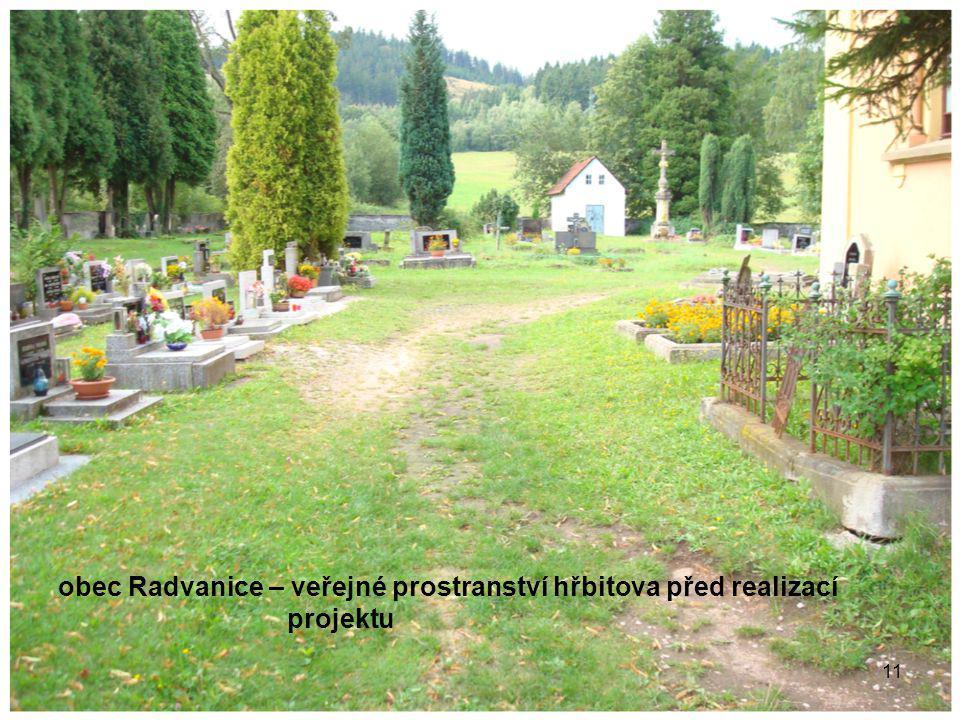 11 obec Radvanice – veřejné prostranství hřbitova před realizací projektu