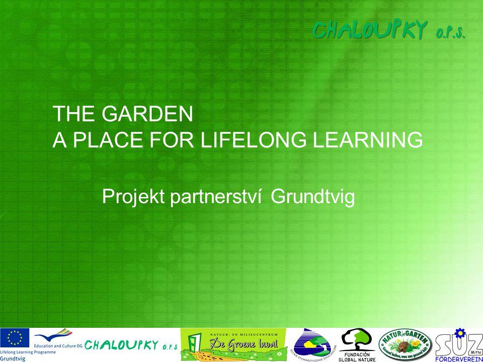 Účel projektu Vyvinout novou programovou nabídku pro šiřitele projektu: učitele, pracovníky neziskových organizací a ostatní propagátory myšlenky otevřeného zahradního prostoru, jakožto místa prolínání kultur, místa celoživotního učení a environmentálního vzdělávání.