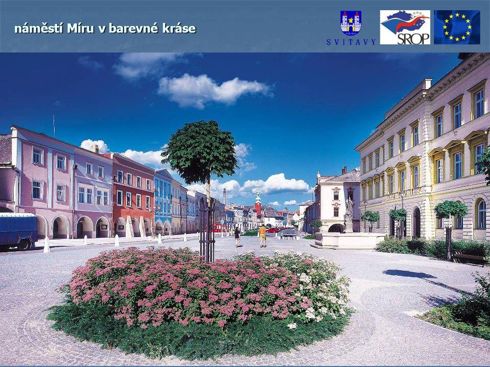 náměstí Míru v barevné kráse