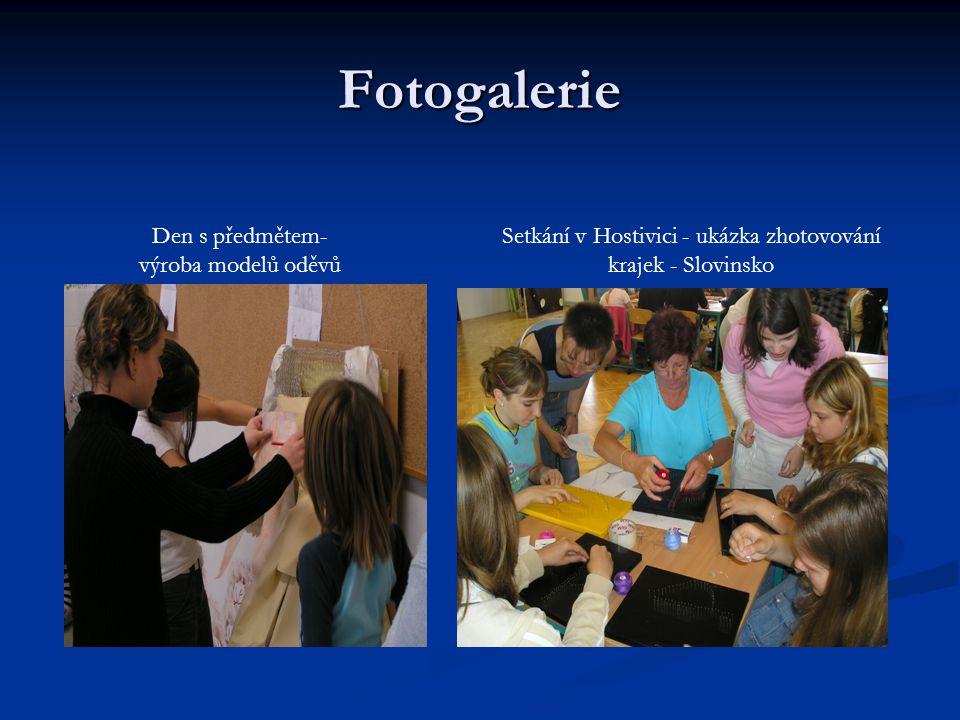 Fotogalerie Setkání v Hostivici - ukázka zhotovování krajek - Slovinsko Den s předmětem- výroba modelů oděvů
