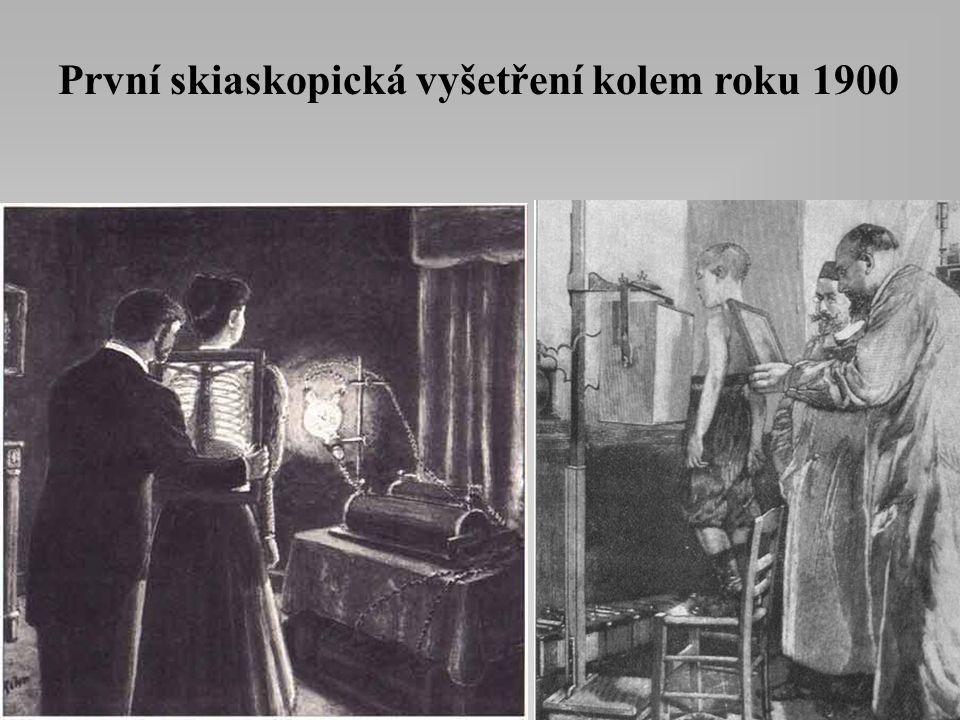 Snímkovací technika kolem roku 1900 Snímkovna z roku 1905