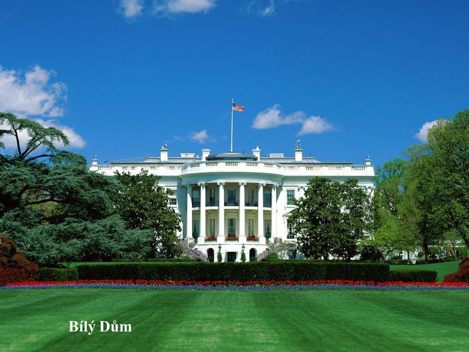 Bílý Dům je sídlem amerických prezidentů už přes dvě stě let.