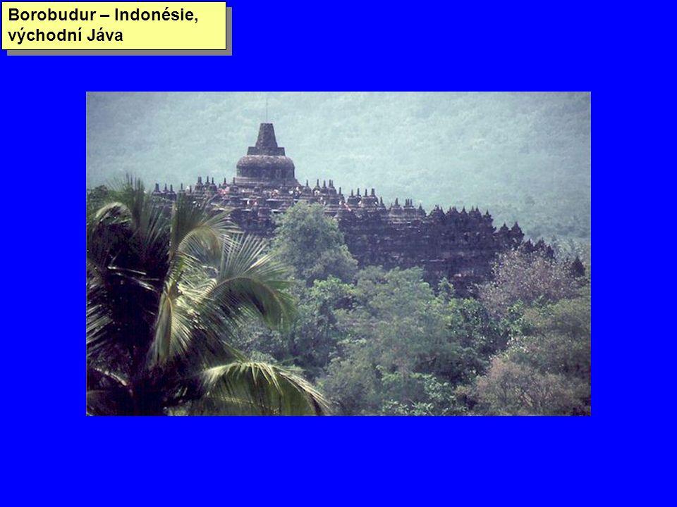 Borobudur – Indonésie, východní Jáva