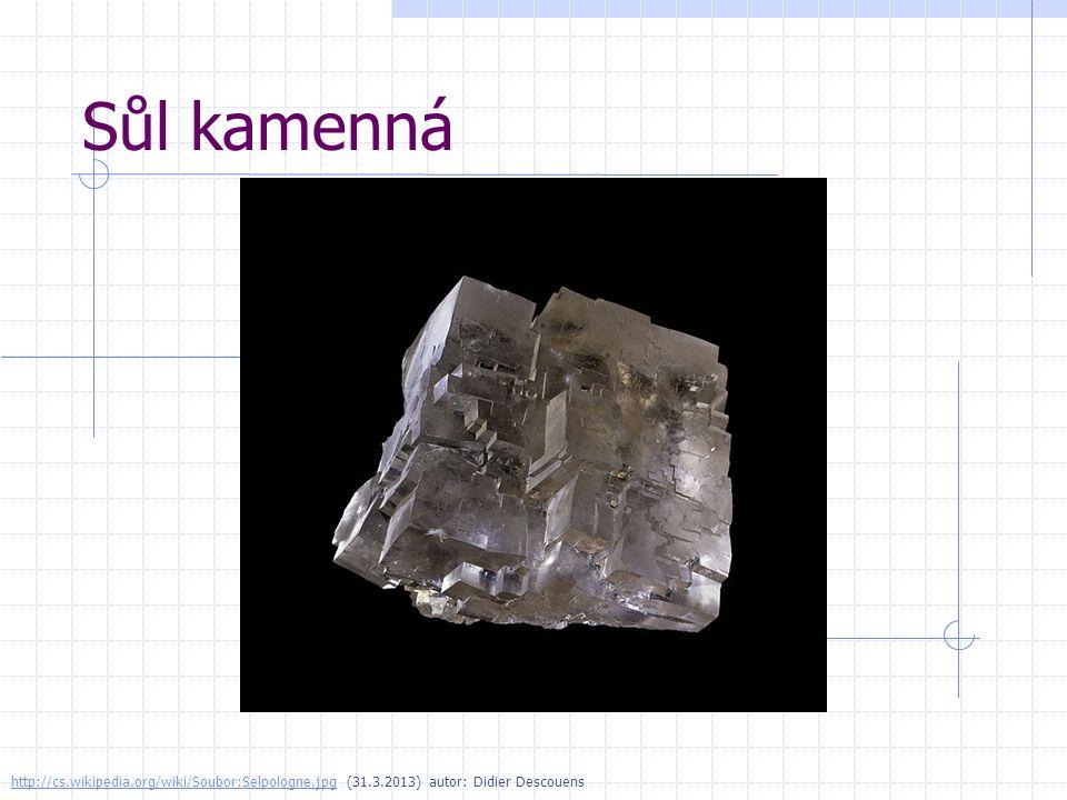 Korund http://cs.wikipedia.org/wiki/Soubor:Several_corundum_crystals.jpghttp://cs.wikipedia.org/wiki/Soubor:Several_corundum_crystals.jpg (31.3.2013) autor: Ra ike