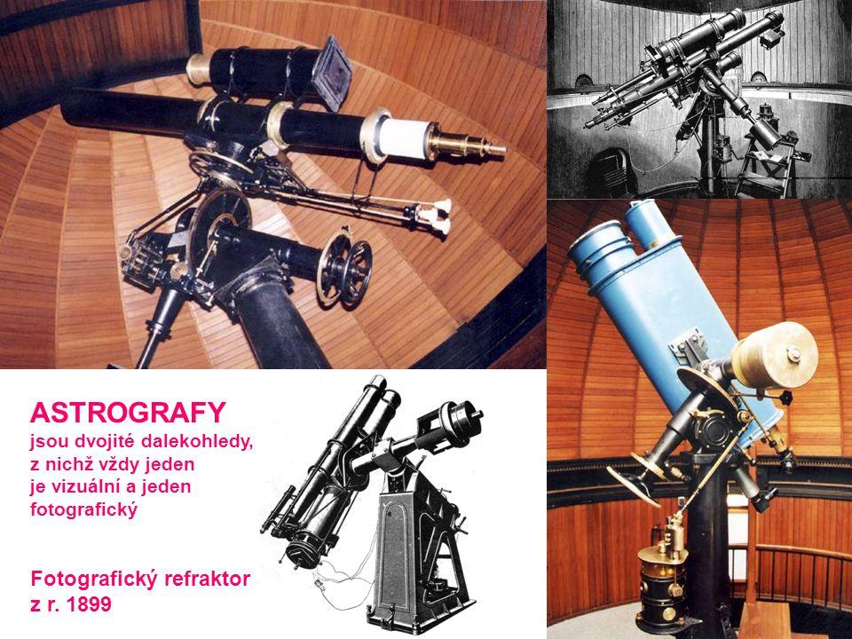ASTROGRAFY jsou dvojité dalekohledy, z nichž vždy jeden je vizuální a jeden fotografický Fotografický refraktor z r. 1899