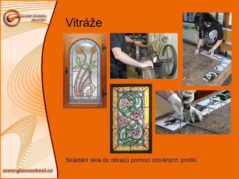 Vitráže Skládání skla do obrazů pomocí olověných profilů