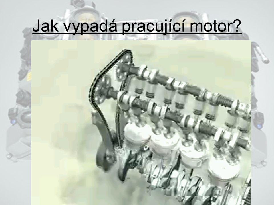 Čtyřtaktní motor Sání – píst se pohybuje směrem do dolní úvrati (DÚ), přes sací ventil je nasávána pohonná směs. Komprese – píst se pohybuje směrem do