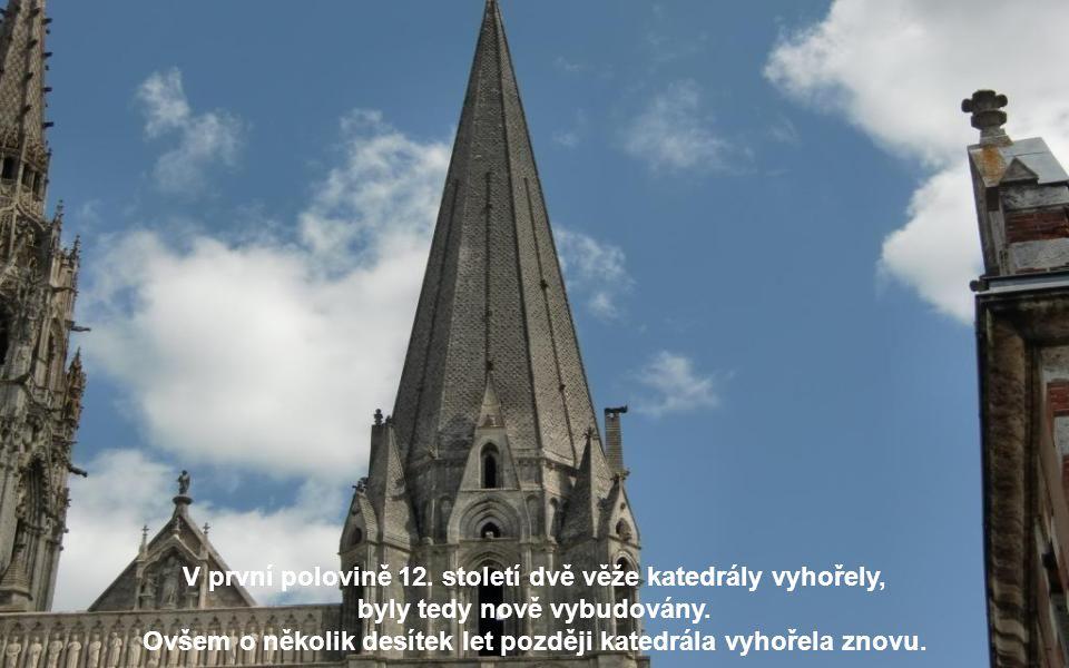 Chartres bývalo a stále je důležitým poutním místem.