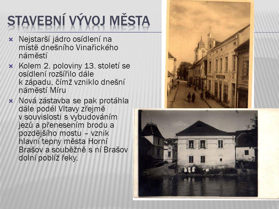  Nejstarší jádro osídlení na místě dnešního Vinařického náměstí  Kolem 2. poloviny 13. století se osídlení rozšířilo dále k západu, čímž vzniklo dne