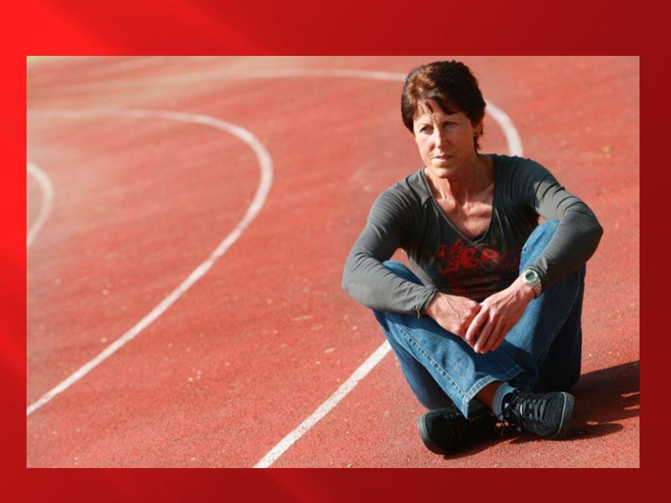  Neobyčejně poctivá, pracovitá a houževnatá atletka je bezesporu nejlepší českou běžkyní všech dob.